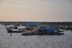 tanle sap at sunset cambodia