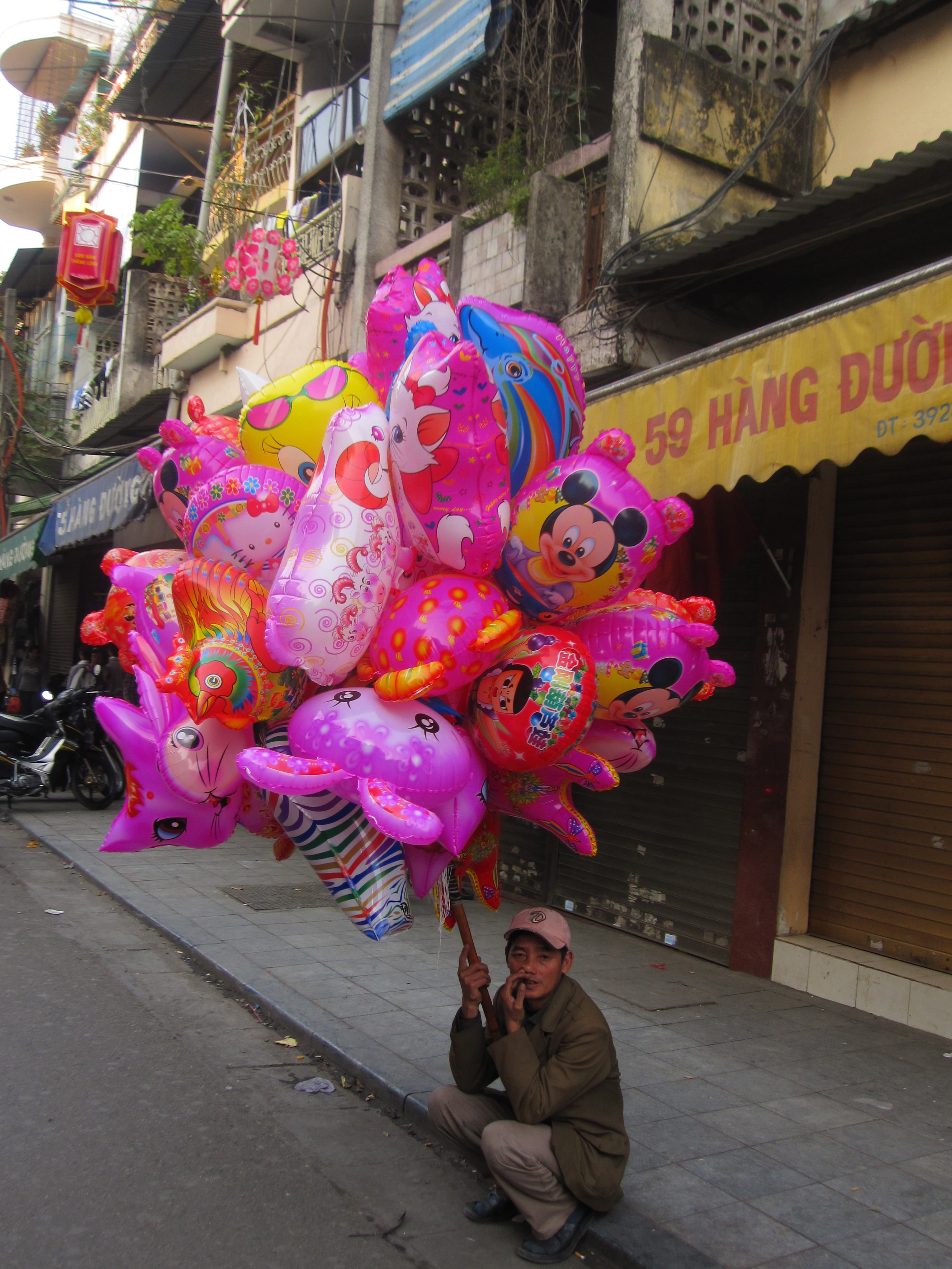 Street vendor before the Tet, Vietnam