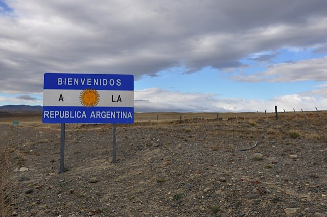 From Chilean Patagonia to Argentine Patagonia