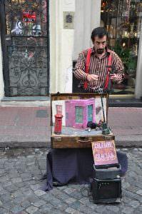 San Telmo street performer