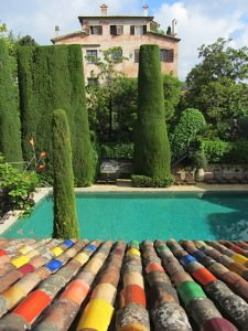 Colourful rooftop at La Colombe d'Or