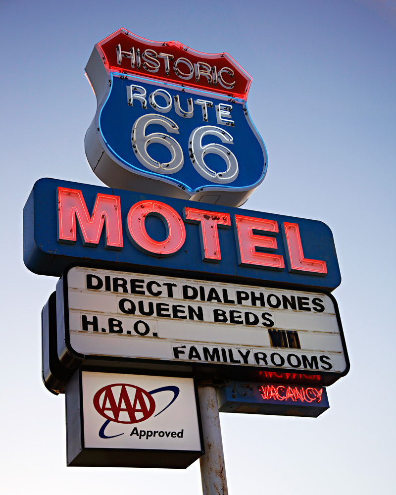 routee66 motel sign