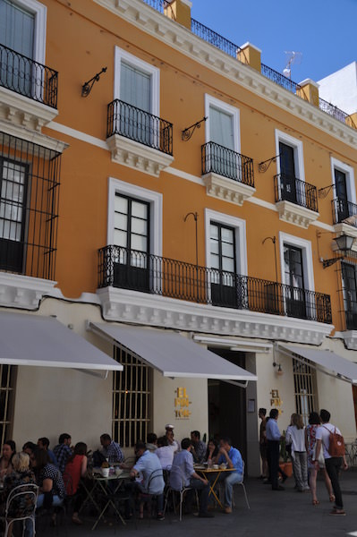 El Pinton, Sevilla