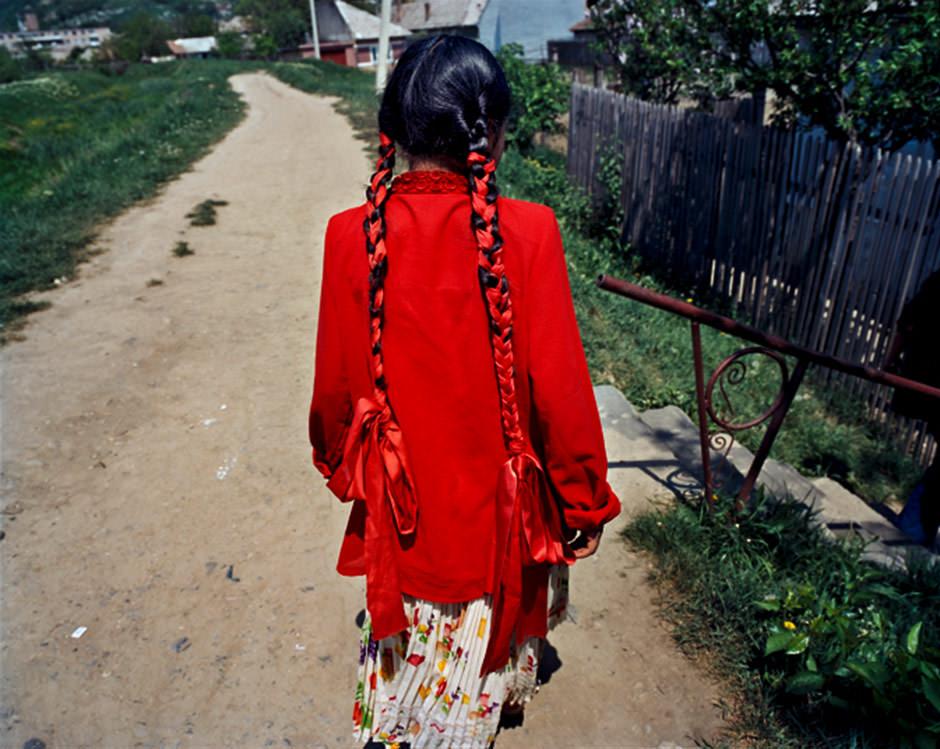 Joakim Eskildsen – Roma Journeys